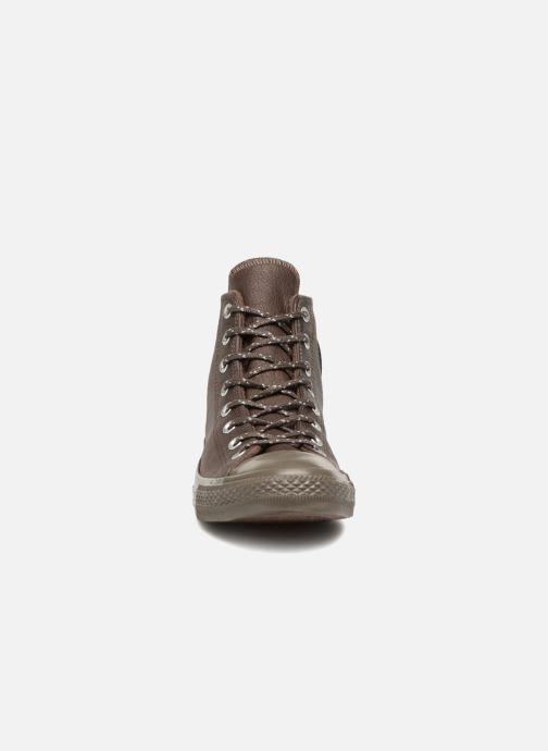 Baskets Converse Chuck Taylor All Star Hi M Marron vue portées chaussures
