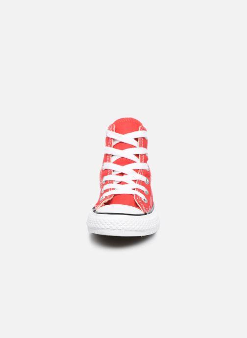 Sneaker Converse Chuck Taylor All Star Core Hi rot schuhe getragen