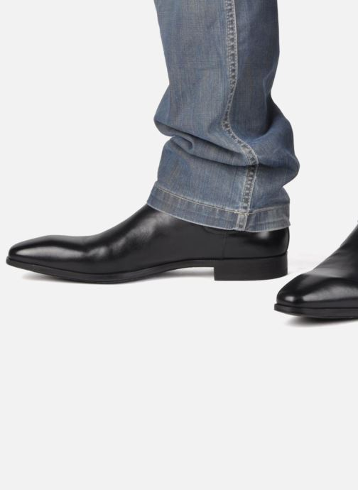 Ankle boots Santoni Marlone 9291 Black view from underneath / model view