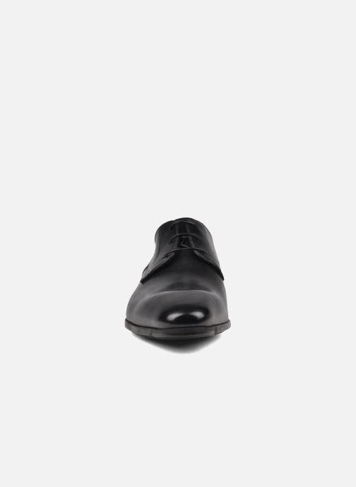 Zapatos con cordones Santoni Marlone 9290 Negro vista del modelo