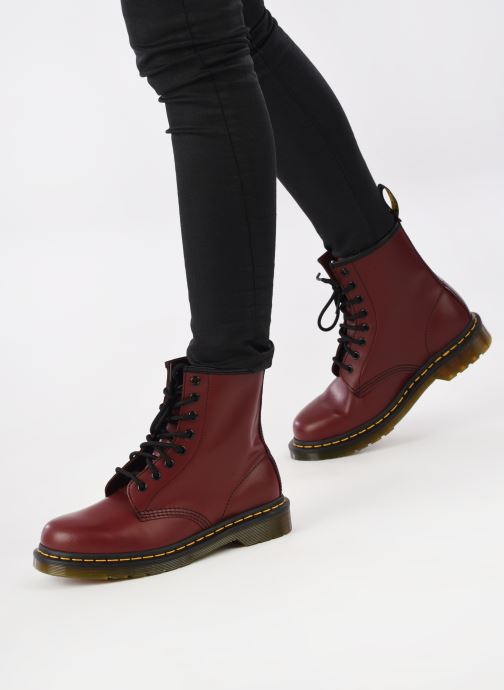 Ankle boots DR. Martens 1460 W Burgundy view from underneath / model view