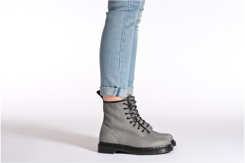 Bottines et boots Dr. Martens 1460 W Bleu vue bas / vue portée sac