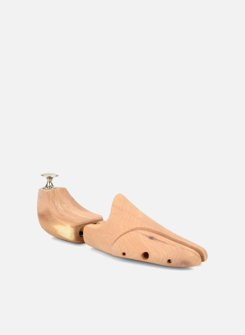 Care products Famaco Cedar shoetree Beige 3/4 view