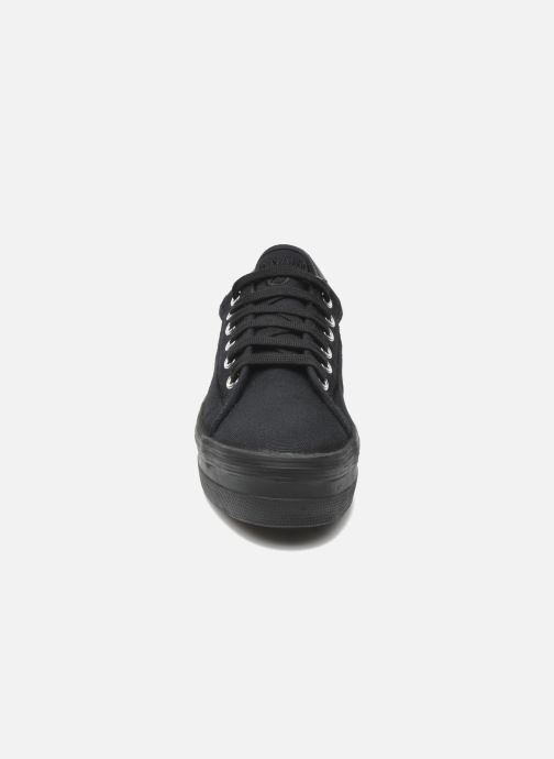 Sneakers No Name Plato Sneaker Nero modello indossato