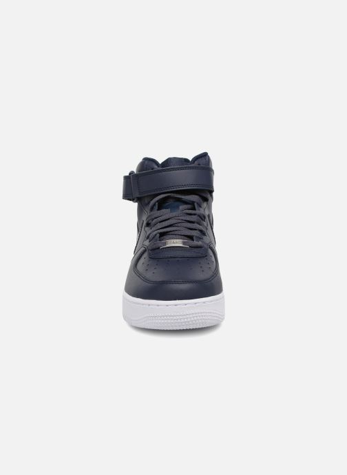 Baskets Nike Air Force 1 Mid Bleu vue portées chaussures