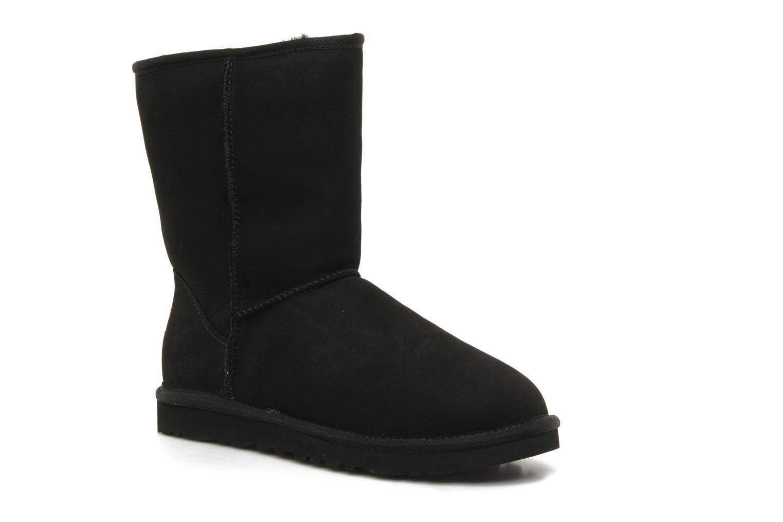 Bottines et boots UGG Classic Short M Noir vue détail/paire