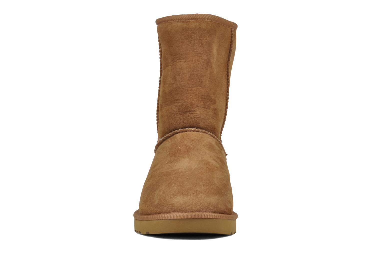 Bottines et boots UGG Classic Short M Beige vue portées chaussures