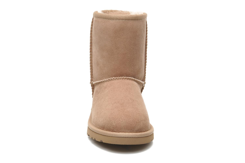 Bottes UGG Kid's Classic Beige vue portées chaussures