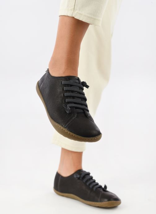 Sneaker Camper Peu Cami 20848 schwarz ansicht von unten / tasche getragen