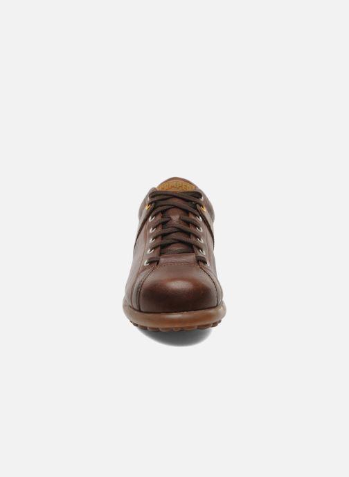 Baskets Camper Pelotas Ariel 17408 Marron vue portées chaussures