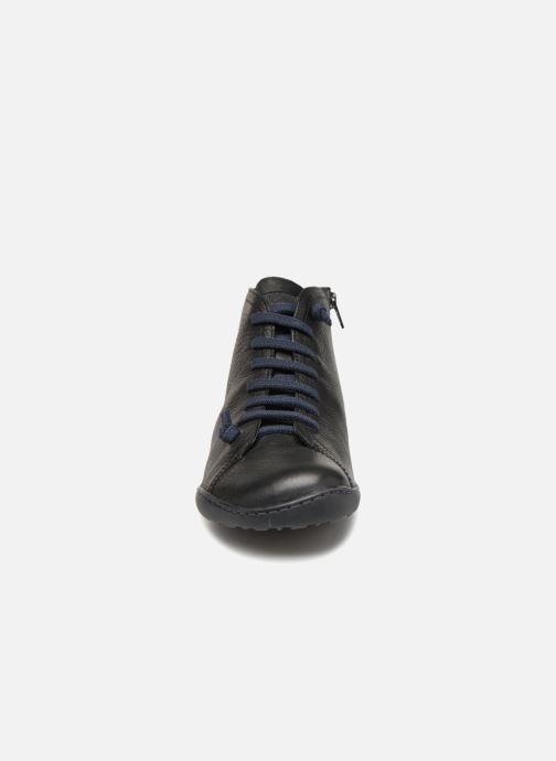 Sneakers Camper Peu Cami 36411 Nero modello indossato