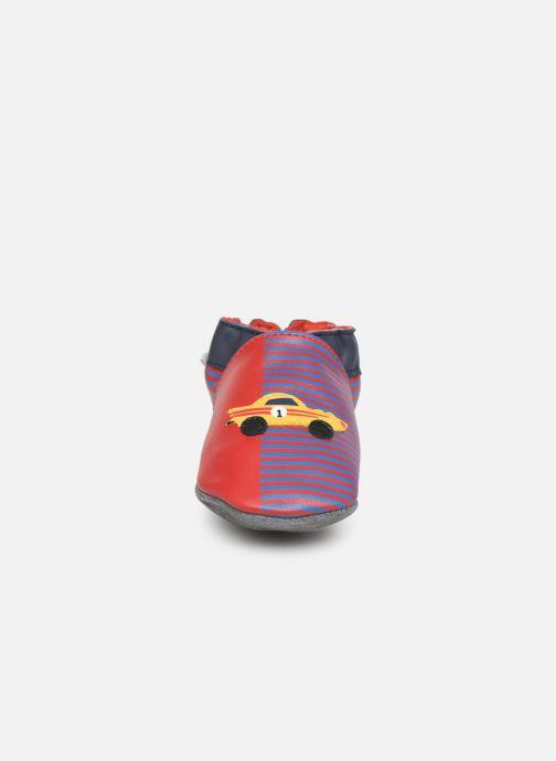 Chaussons Robeez Race Car Rouge vue portées chaussures