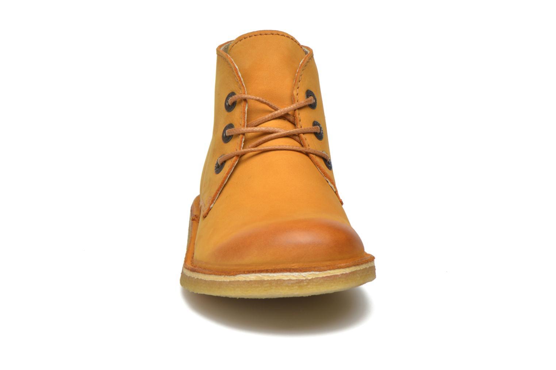 Chaussures à lacets Kickers Realkiz Marron vue portées chaussures