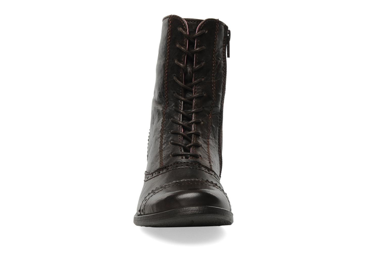 Bottines et boots Kickers Edwin Marron vue portées chaussures