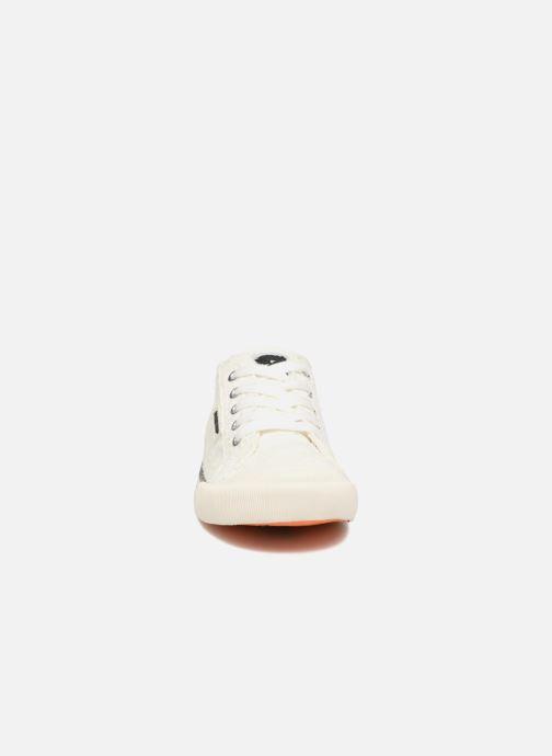 Sneaker Rocket Dog Jazzin weiß schuhe getragen