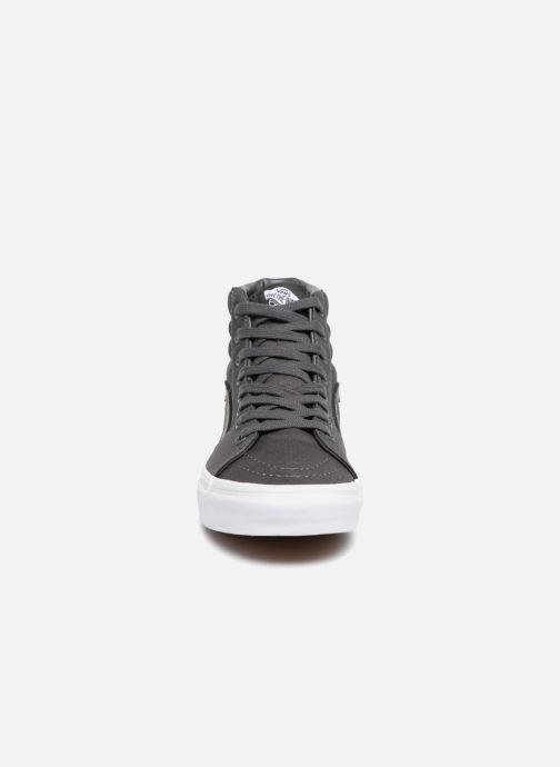 Baskets Vans SK8 Hi W Gris vue portées chaussures
