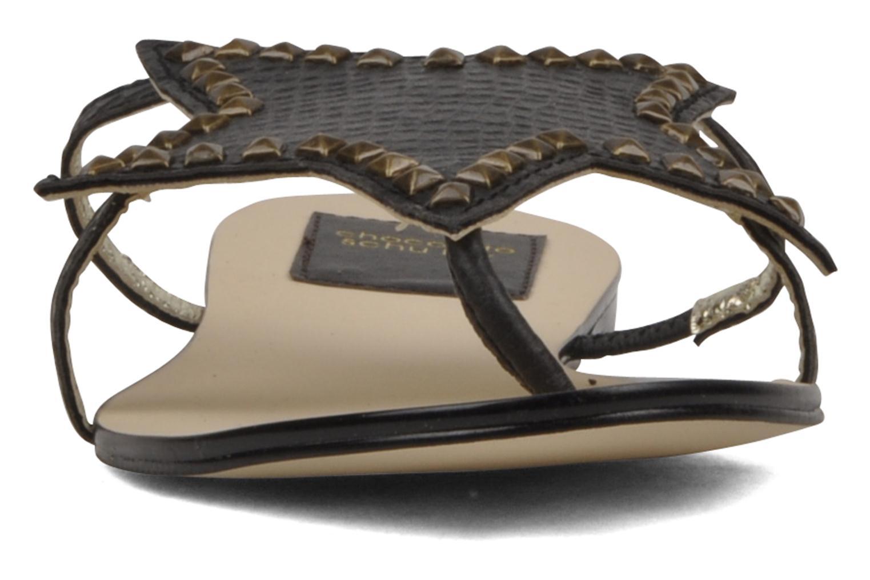 Sandales et nu-pieds Chocolate Schubar Star Noir vue bas / vue portée sac