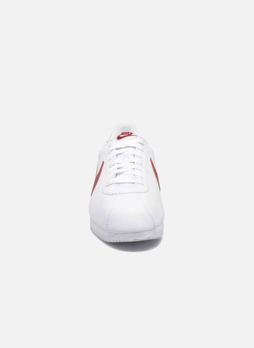 Baskets Nike Classic Cortez Leather Blanc vue portées chaussures