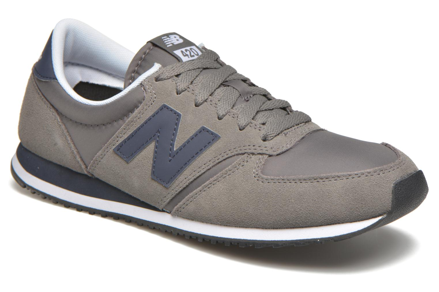 Trainers New Balance U420 Grey detailed view/ Pair view