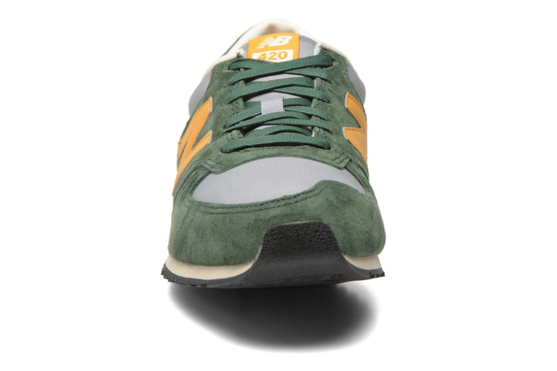 Sneaker New Balance U420 grün schuhe getragen