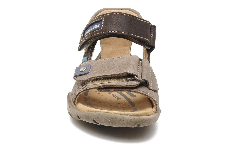 Sandales et nu-pieds Babybotte Toto Marron vue portées chaussures