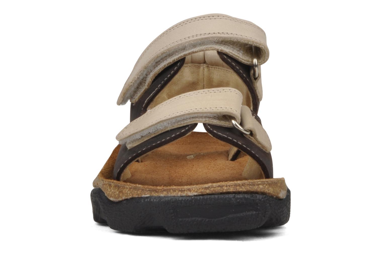 Sandales et nu-pieds Natik B-563 Marron vue portées chaussures