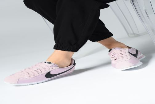 Trainers Nike Wmns Classic Cortez Nylon Yellow view from underneath   model  view f2973df0d