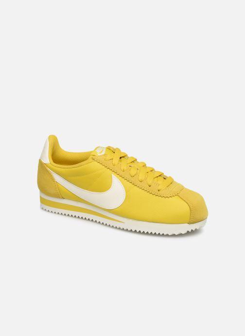 check out bd4ac 0be20 Baskets Nike Wmns Classic Cortez Nylon Jaune vue détail paire