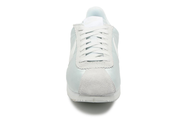 Sneaker Nike Wmns Classic Cortez Nylon grün schuhe getragen