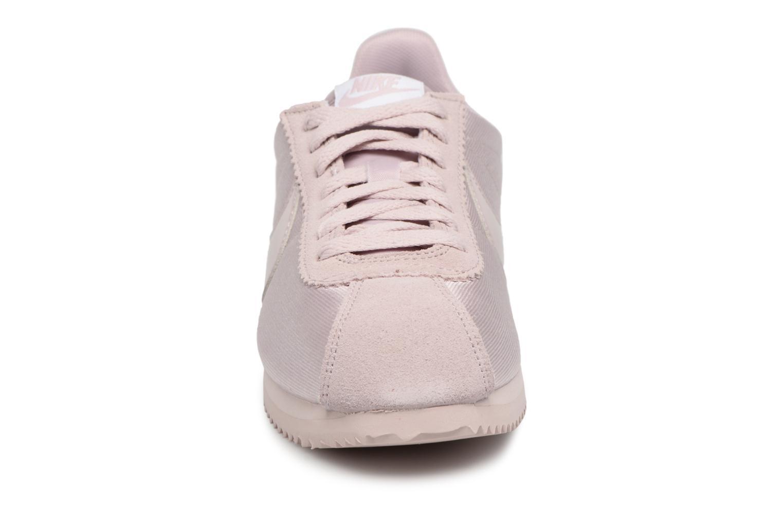 Sneaker Nike Wmns Classic Cortez Nylon rosa schuhe getragen