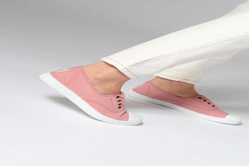 Sneaker Victoria Victoria Elastique W rosa ansicht von unten / tasche getragen