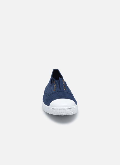 Sneakers Victoria Victoria Elastique W Azzurro modello indossato