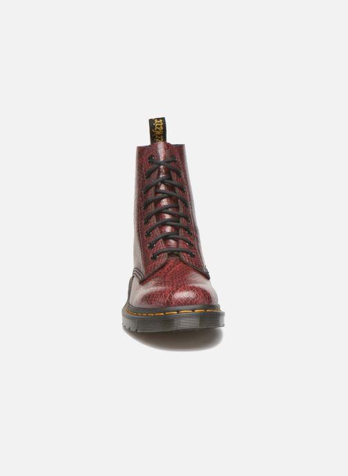 Boots Dr. Martens Pascal W Vinröd bild av skorna på