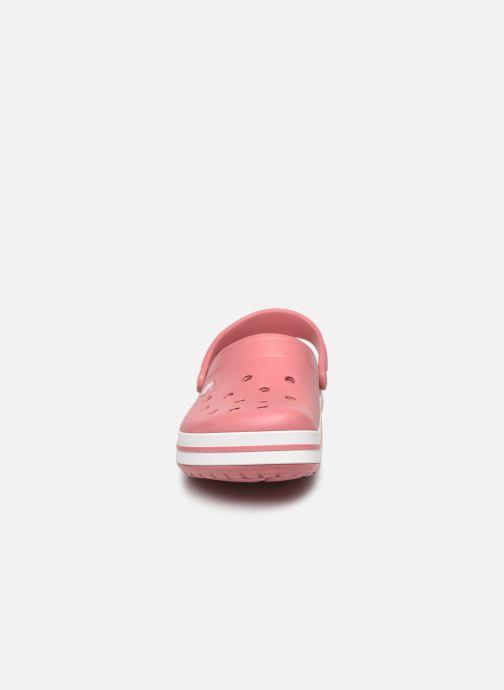 Zuecos Crocs Crocband W Rosa vista del modelo