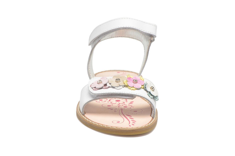 Sandales et nu-pieds Primigi Violetta Blanc vue portées chaussures