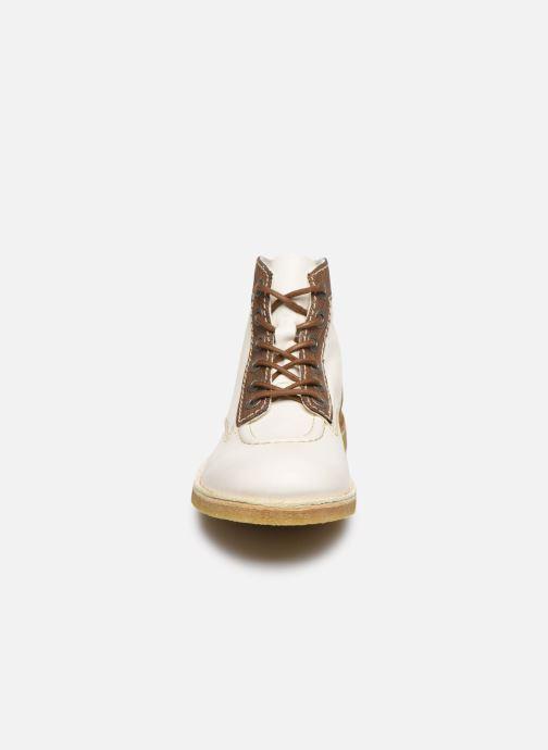 Scarpe con lacci Kickers Kick Legend Bianco modello indossato