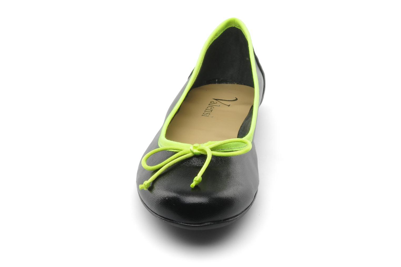 Ballet pumps Valensi Vega Black model view