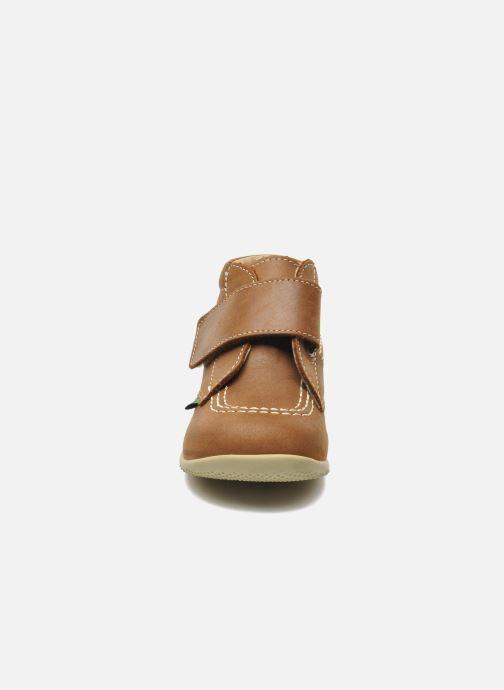 Chaussures à scratch Kickers Bilou Marron vue portées chaussures