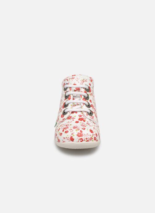 Zapatos con cordones Kickers Billy Blanco vista del modelo