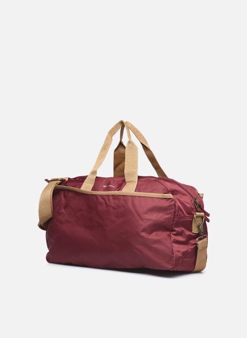 Borsa da palestra Bensimon Sport Bag Bordò modello indossato