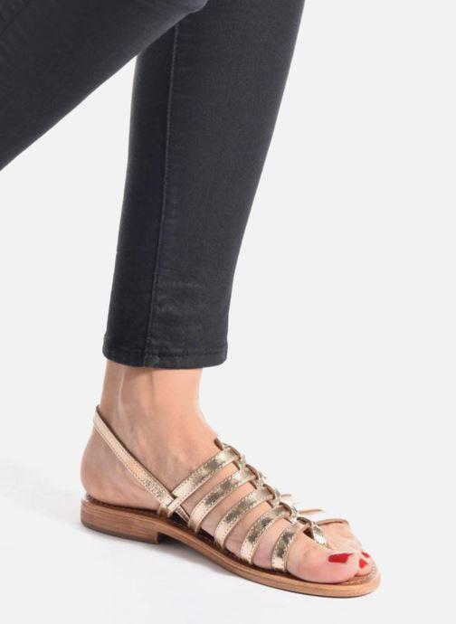 Sandales et nu-pieds Les Tropéziennes par M Belarbi Herisson Noir vue bas / vue portée sac
