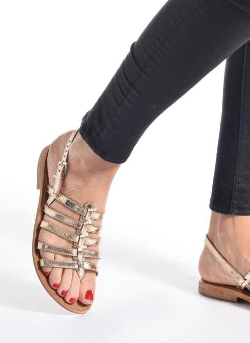 Sandales et nu-pieds Les Tropéziennes par M Belarbi Herisson Blanc vue bas / vue portée sac