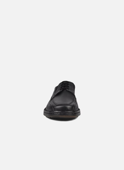 Snøresko Josef Seibel Brian Sort se skoene på
