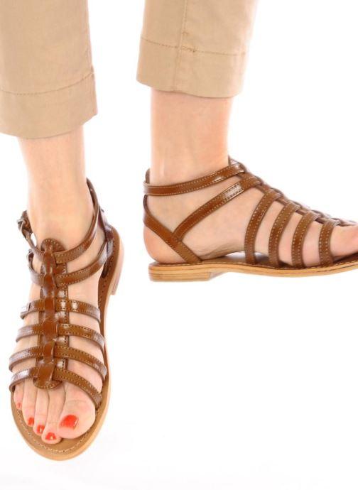 Sandales et nu-pieds Les Tropéziennes par M Belarbi Hic Marron vue bas / vue portée sac