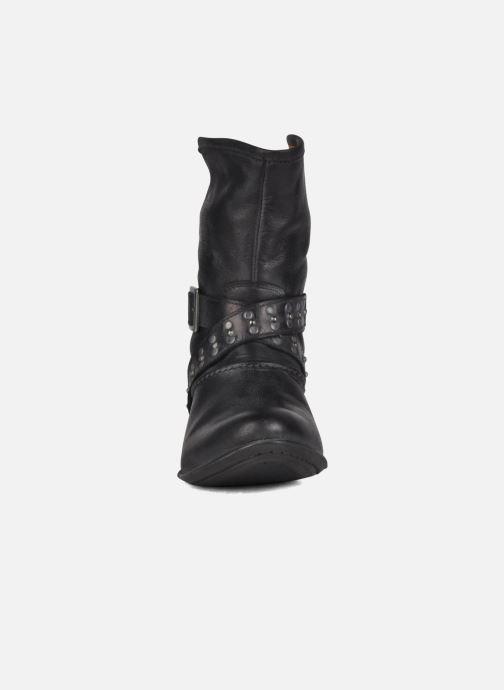 Ankle boots Koah Kristy Black model view