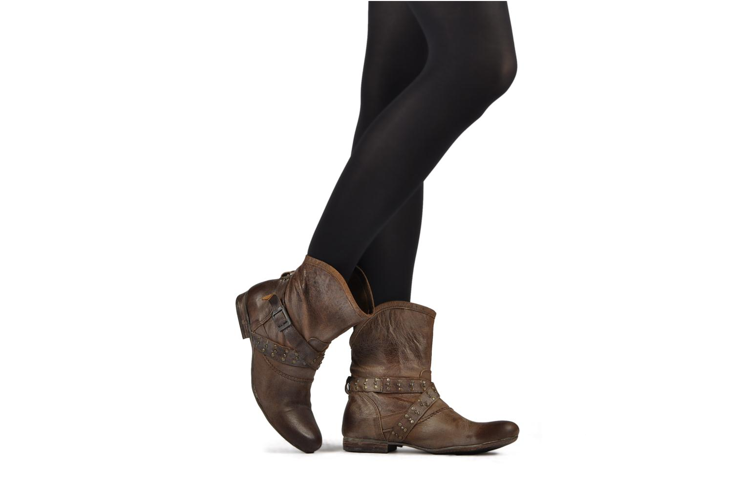 Ankle boots Koah Kristy Brown view from underneath / model view