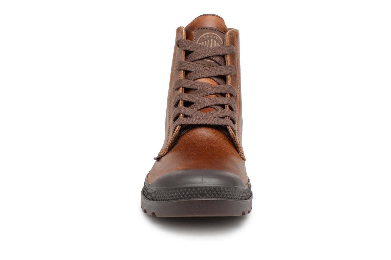 Bottines et boots Palladium Pampa hi leather M Marron vue portées chaussures