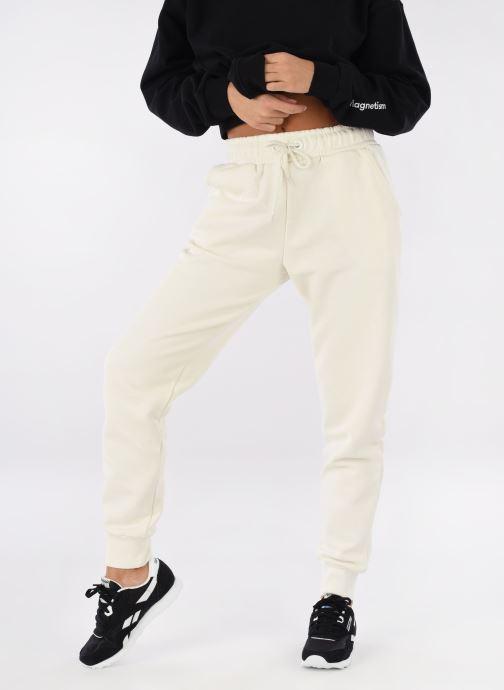 Sneaker Reebok Classic Nylon W schwarz ansicht von unten / tasche getragen