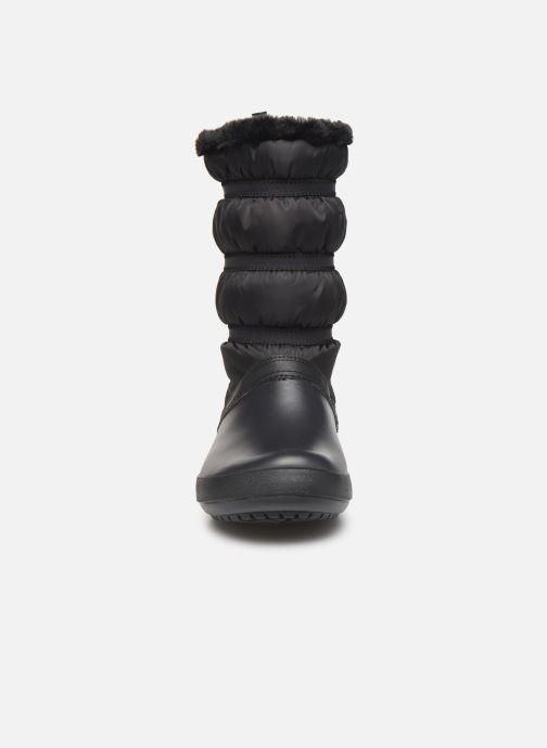 Stivaletti e tronchetti Crocs Crocband Winter Boot W Nero modello indossato