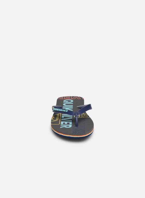 Tongs Quiksilver Molokai nitro Bleu vue portées chaussures